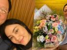 เจ้าสัวบุญชัย หอบดอกไม้ช่อใหญ่ให้ ตั๊ก บงกช ของขวัญครบรอบแต่งงานปีที่ 9