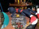 หายตัวปริศนา! เด็ก 6 ขวบหายตัว ทิ้งตุ๊กตาไว้บนศาล พบรูปปั้นนางรำถูกหักคอ
