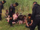 รวบ 7 เขมร มุดรั้วชายแดน อ้างไม่มีเงินใช้เลยแอบมาหางานในไทย